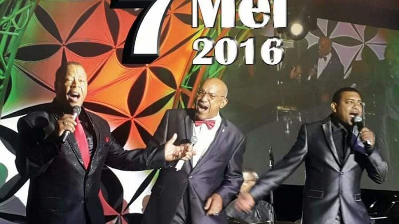 Show Di Mama Drafbaan 7 mei 2016 Groningen